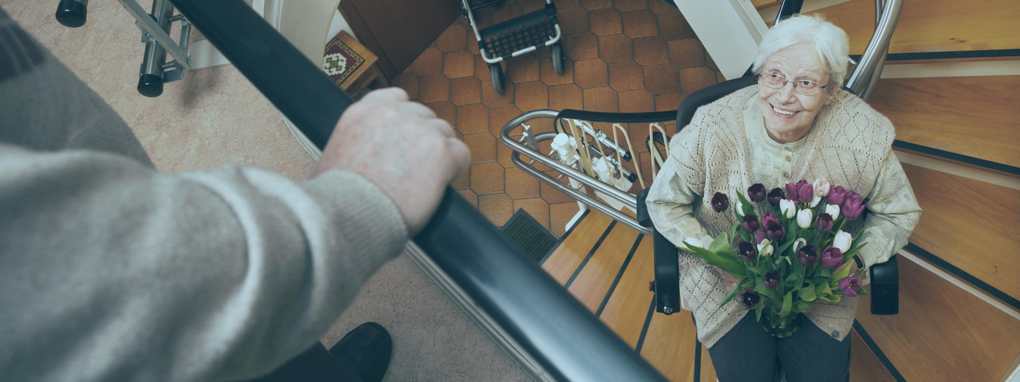 Treppenlifte für kurvige Treppen